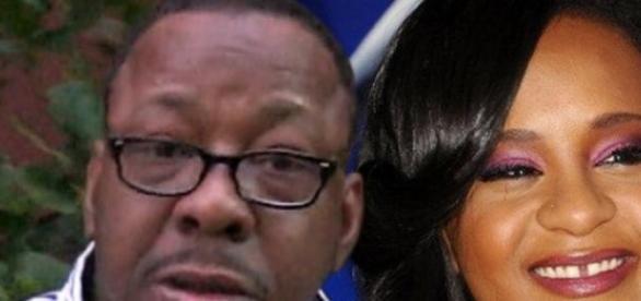 Fiica celebrey Whitney Houston deconectata