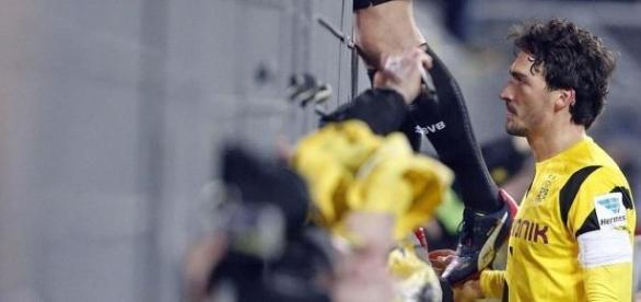Hummels pediu desculpa aos adeptos do Dortmund