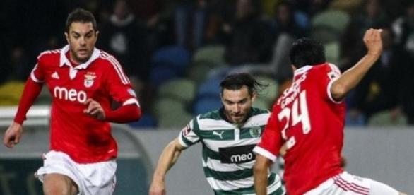 Benfica empata e deixa vantagem mais curta