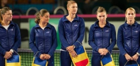 Echipa feminina de tenis de camp a Romaniei