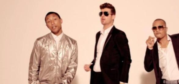 """""""Blurred Lines"""", Pharell Williams et Robin Thicke"""