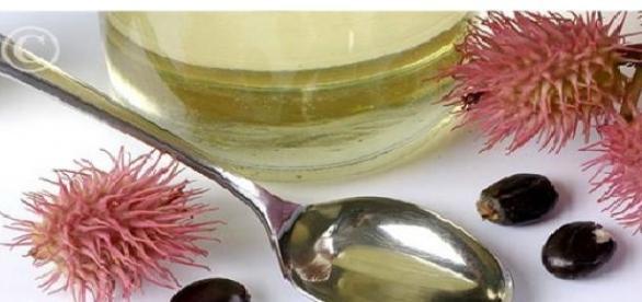 Uleiul de ricin, un miracol pentru piele