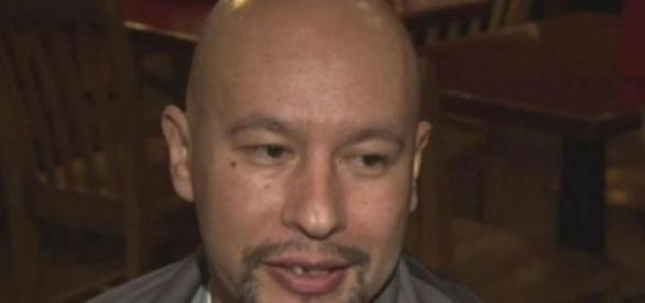Ángel González, ya en libertad