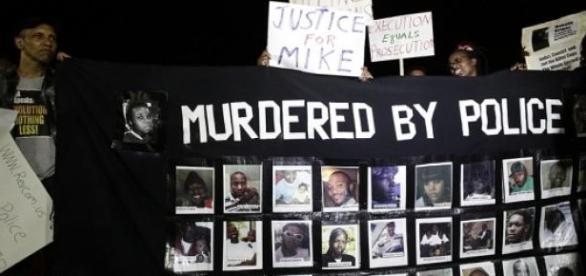 Des manifestations se sont déroulées à Ferguson.