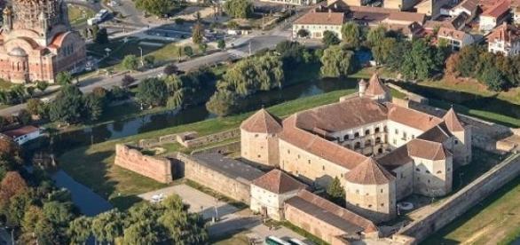 Cetatea Fagaras, construita cu rol strategic