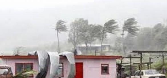 Ciclonul Pam va lovi cu putere Vanuatu