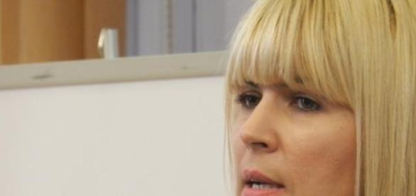 Elena Udrea refuza consultul ginecologic