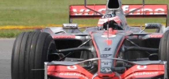 Fernando Alonso, pilotando un McLaren