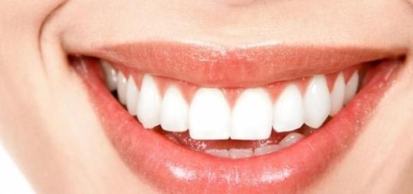 Mantén una sonrisa sana con una buena alimentación