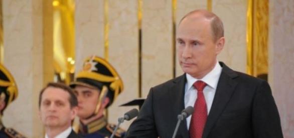 Terá Putin desaparecido para visitar a namorada?