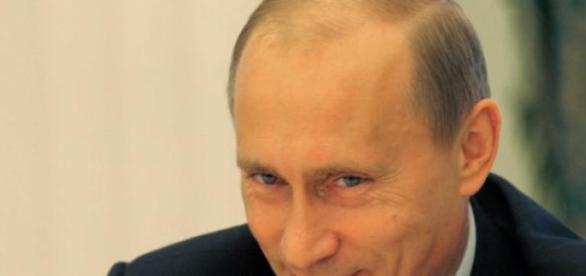 Vladimir Putin in mirajul stirilor