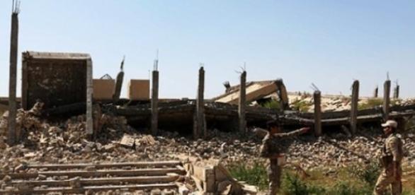 Mausoléu de Saddam é agora um monte de escombros