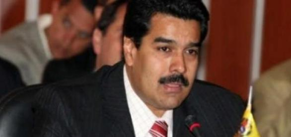 Nicolas Maduro est en croisade contre les USA.