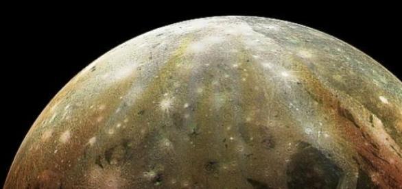 Océanos en Ganímedes, el mayor satélite de Júpiter