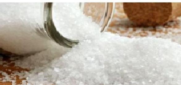 Sarea de masa versus  sarea de mare