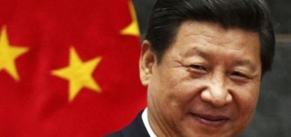 Xi Jinping viole les droits humains selon CHRD.