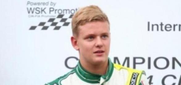 Mick deixa família Schumacher em sobressalto.