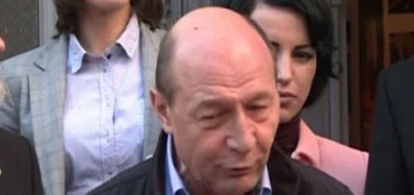 Traian Basescu este intangibil?