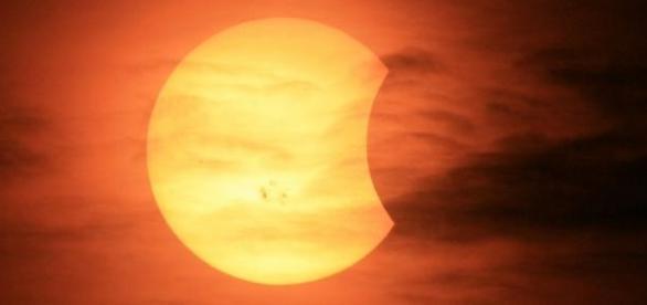 in 20 martie va fi eclipsa partiala de soare