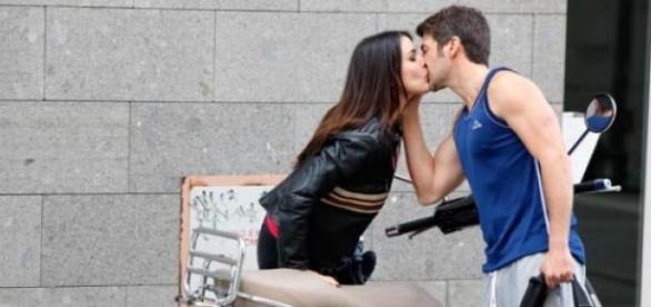 Adriana Ugarte y Félix Gómez en 'Tiempo sin aire'