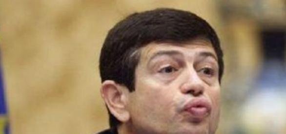 Il ministro Maurizio Lupi si dimette
