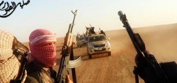 ISIS en un video difundido por ellos mismos