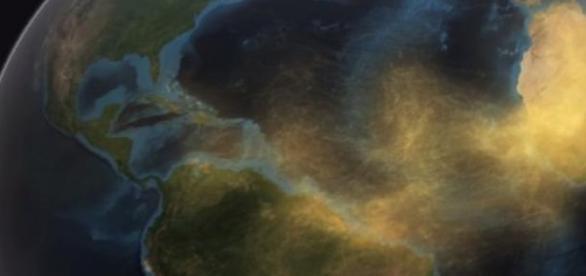 Desplazamiento de arena del Sahara desde el cielo
