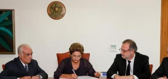 Presidente Dilma sanciona nova lei