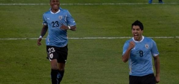 Suarez scored in Barcelona's 3-1 win at Granada