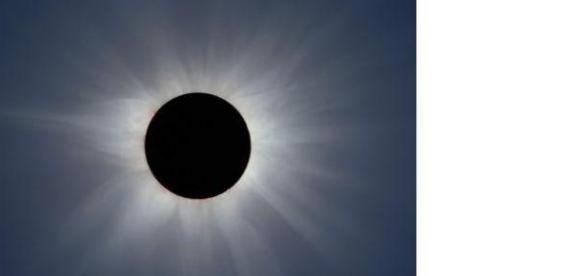 Eclipsa partiala de soare a putut fi vazuta clar