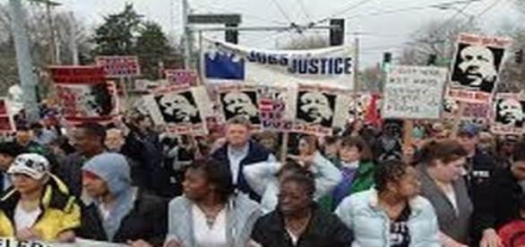 Walka z nienawiścią rasową i dyskryminacją.