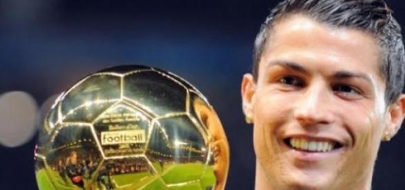 Cristiano Ronaldo cel mai iubit pe Facebook