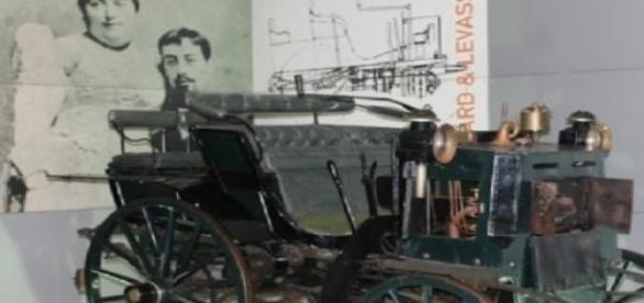Penhard et Levassor, primeiro carro em Portugal