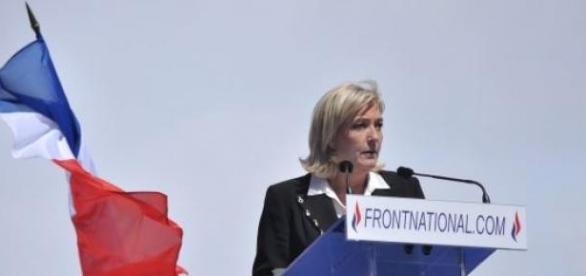 Marine Le Pen le 1er mai 2012 -