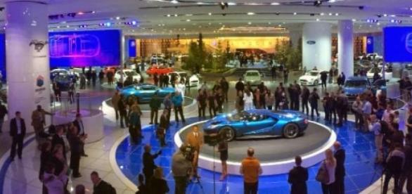 Salão internacional do automóvel 2015