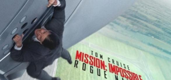 Tom Cruise é Ethan Hunt em Missão Impossível 5