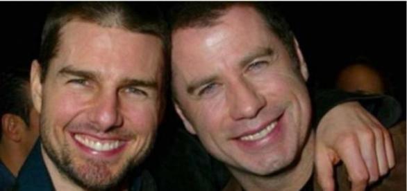 Tom Cruise e John Travolta seriam amantes