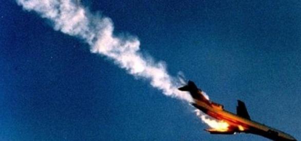 Avion prabusit in Franta