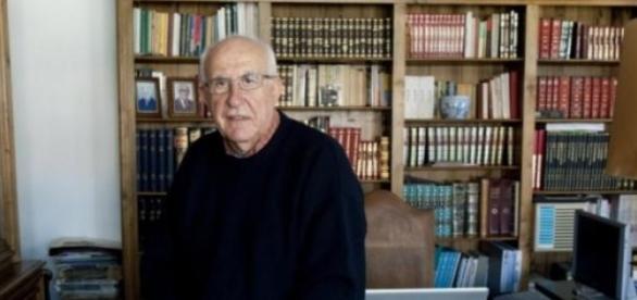 Empresário de profissão, Henrique Neto tem 78 anos