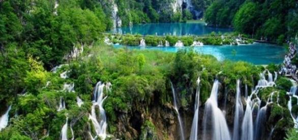 Parte alta do parque de Plitvice, na Croácia