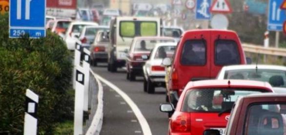 Poluição  em Paris excedeu o limite de segurança