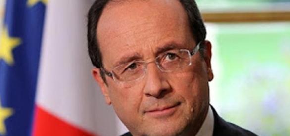 Francois hollande et la maitrise de crise