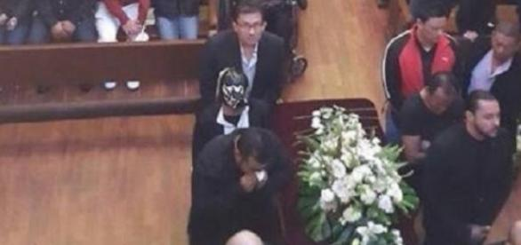 Funeral del luchador Perro Aguayo Jr.