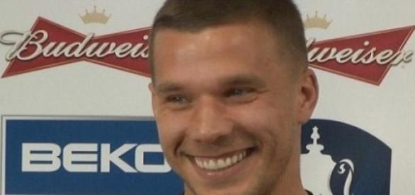 Podolski foi protagonista na vitória dos alemães
