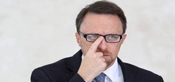Thomas não é mais o Ministro da Comunicação Social