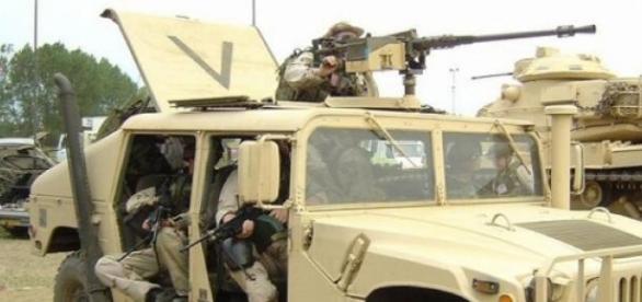 Humvee, vehicol blindat american