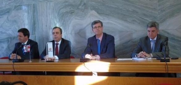Assinatura do protocolo entre as entidades.