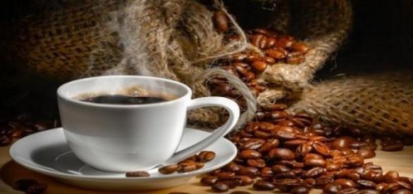 Cafeaua are si efecte negative