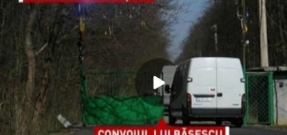 Convoiul lui Basescu intra pe domeniul Scrovistea