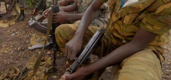 Grupo terrorista ataca hotel em Mogadíscio.